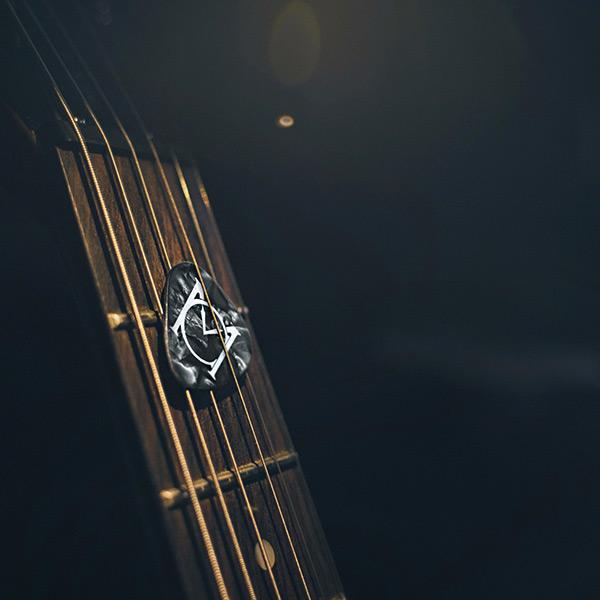plettro-personalizzato-per-chitarra